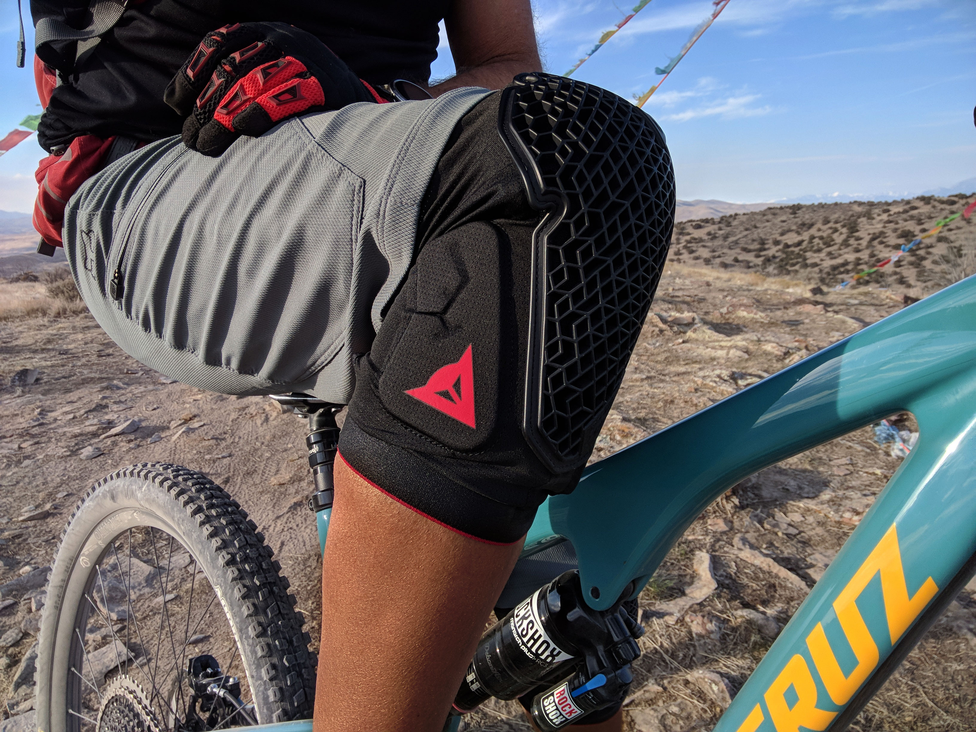 Dainese Trail Skins 2 Knee Armor | Review